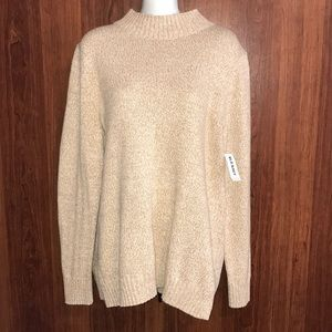 Old Navy Sweaters - NWT Old Navy Sweater